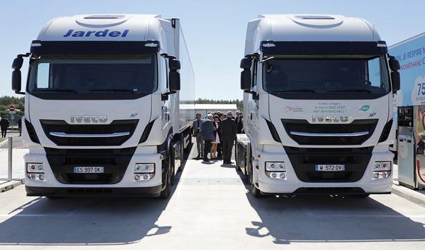 IVECO wspiera inaugurację zakładu produkcji biometanu i stacji tankowania.